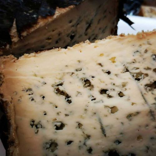 Picos Blue Cheese, Spicy Spanish blue cheese